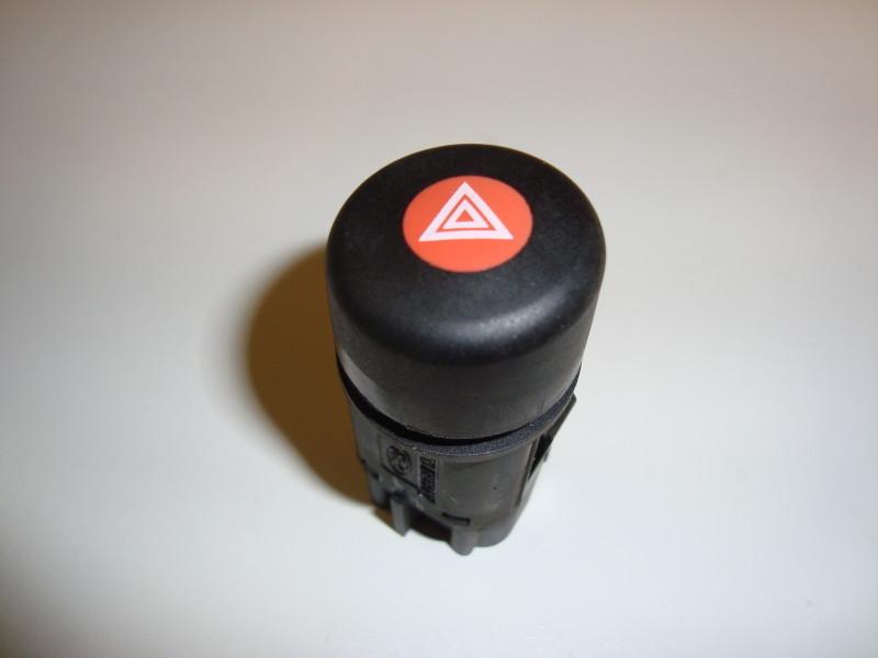 Ford KA hazard lamp control switch