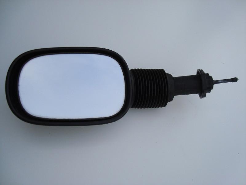 MANUAL DOOR MIRROR ASSEMBLY – BLACK PLASTIC – PASSENGER SIDE