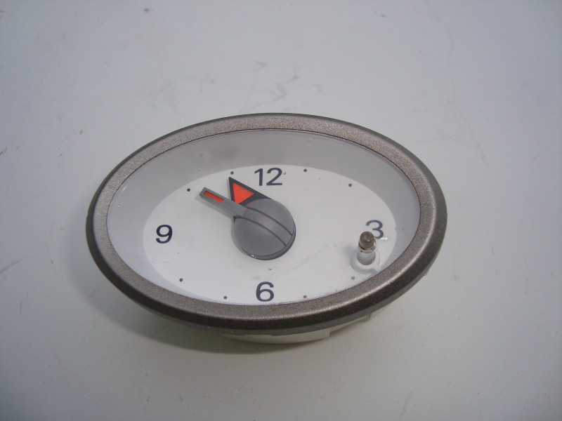 Central dash clock-grey
