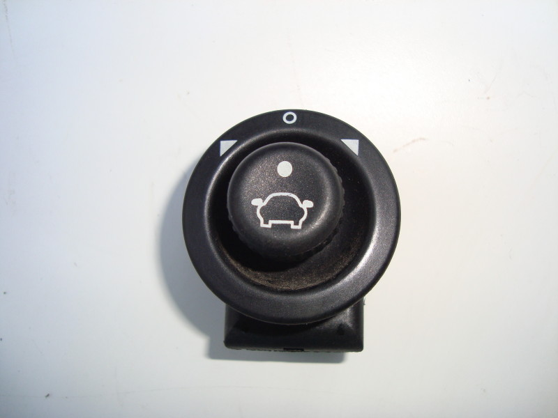 Electric Door Mirror Control Joy Switch   Ford Ka