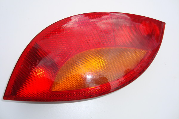 Driver side rear light assembly