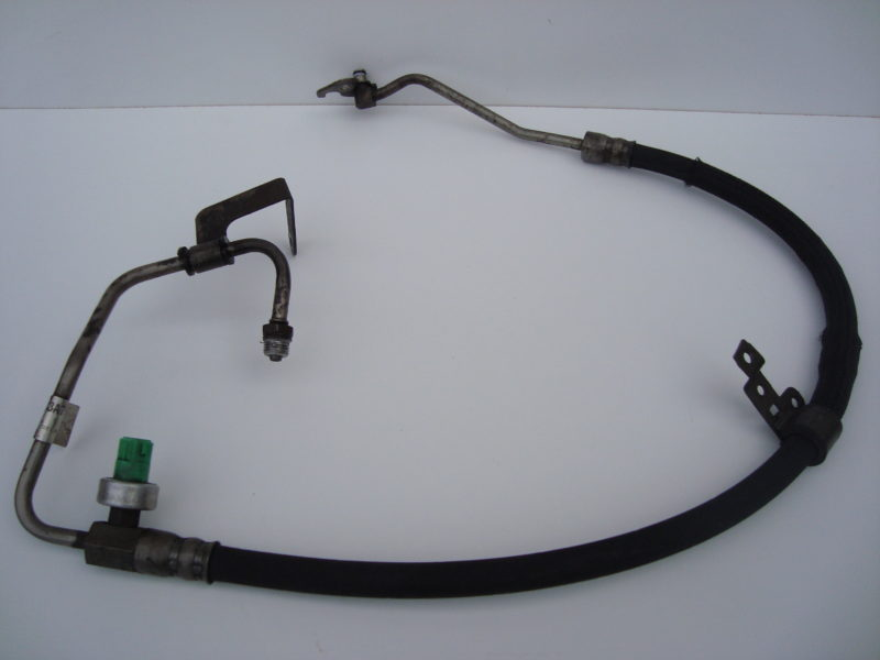 Mondeo power steering fluid pipe