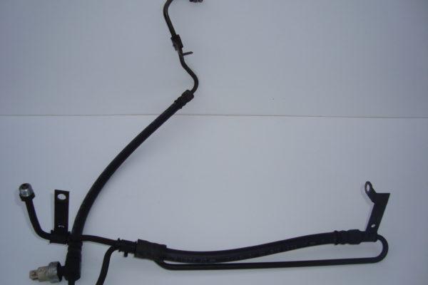 fiesta power steering fluid pipe (1.25 zetec s/duratec dohc)